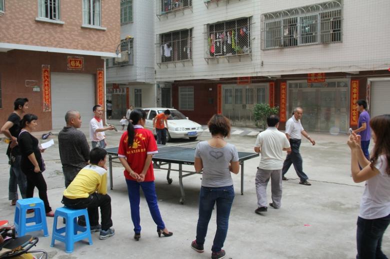 纪念五四青年节,阳光志愿者社区活动活跃